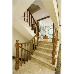 汉阳实木楼梯|别墅实木楼梯|户外实木楼梯图片