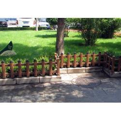 PVC道路护栏报价|龙泰金属(在线咨询)|萍乡护栏图片
