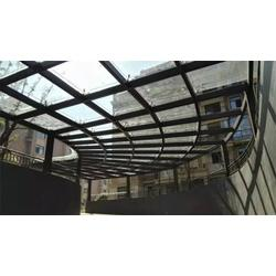 南昌钢化玻璃雨棚,汇投钢化厂,赣县玻璃雨棚图片