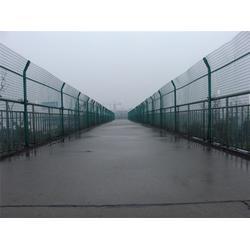 美仑丝网(图)、钢格栅围栏报价、钢格栅围栏图片