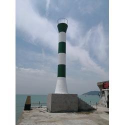 港口码头、防波堤、岸礁、浅滩灯桩图片