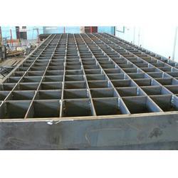 镀锌钢格板厂、炳辉网业、荷城镀锌钢格板图片