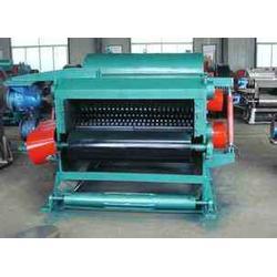 金诚机械(图)、二手四辊模板粉碎机、潍坊四辊模板粉碎机图片