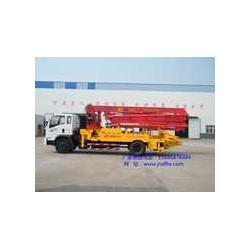 厂家供应混凝土泵车 小型混凝土泵车图片