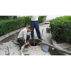 广州市高压车清洗管道|海珠区疏通厕所|清洗管道图片