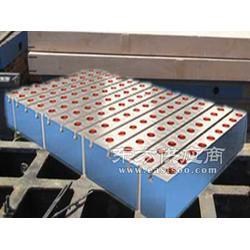 铆焊平板恒信供应铸铁铆焊平板图片
