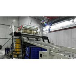 spc鈣塑復合地板生產設備圖片