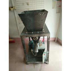 碳酸钙粉简易包装机图片