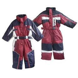 东坑运动服定制-旺龙服饰质感舒适-运动服定制生产商图片