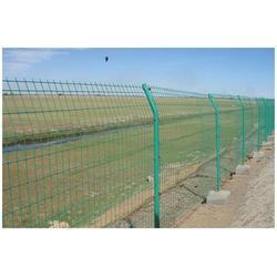 行业专业生产厂家(图)、养殖围栏网多钱一米、养殖围栏网图片