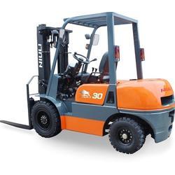 叉车订做-营口叉车-天富机械设备(查看)图片