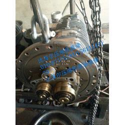 西亚特冷水机组进水维修 螺杆压缩机维修图片