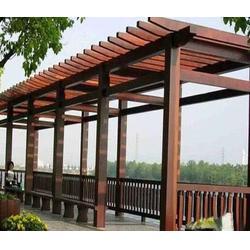 双层木屋、意达玻璃品质卓越、内乡双层木屋图片