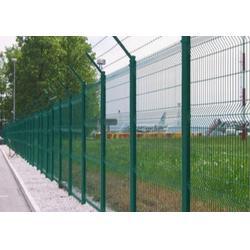 浸塑三角折弯护栏网,三角折弯护栏网,方通网业图片