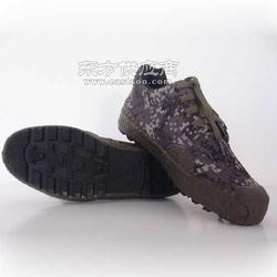 雪地王劳保鞋图片
