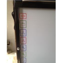 方圆黑板、2点触控电子白板、电子白板图片
