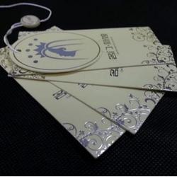 服装店吊牌、诚诚服装辅料(在线咨询)、新乡吊牌图片