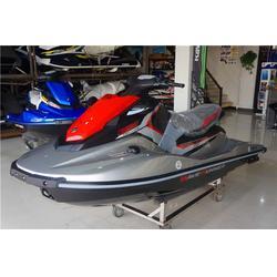 庞巴迪摩托艇-摩托艇-龙辉游艇