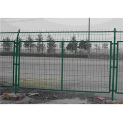 带刺围栏网,球场铁丝网,周口围栏网图片
