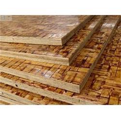 竹胶板质量标准_华梦塑胶(在线咨询)_竹胶板图片