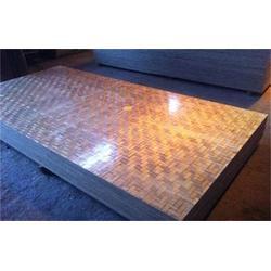 華夢塑膠 木模板和竹膠板的區別-竹膠板圖片