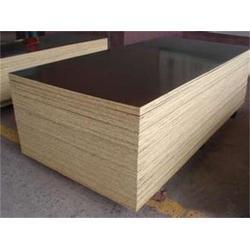 竹胶板模板-华梦塑胶(在线咨询)竹胶板图片