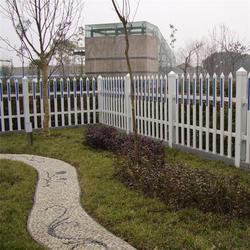 公路护栏网_护栏网_广州穗安桃形柱护栏网(查看)