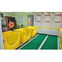 婴儿游泳浴盆|伊亲婴儿洗澡馆加盟|婴儿游泳浴盆图片