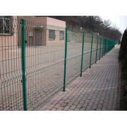 双边丝护栏网 光伏电站铁丝防护网-昭通铁丝防护网图片