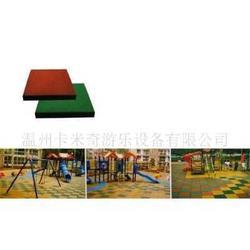 橡胶地垫、安全地垫 运动垫子图片