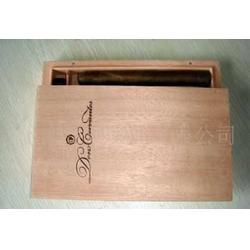 木制雪茄包装盒图片